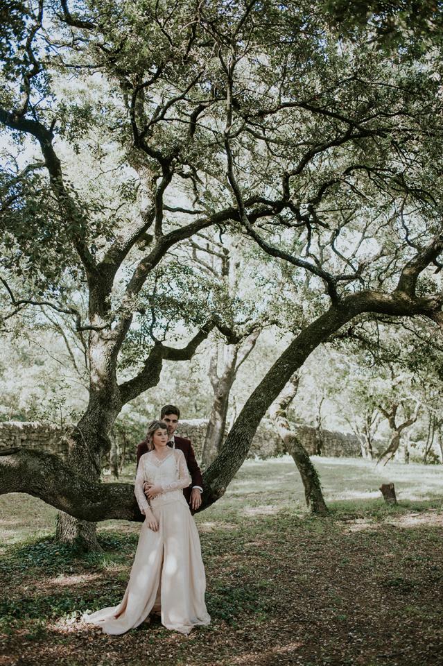 photo couple mariage blush olivier sud de la france domaine de patras