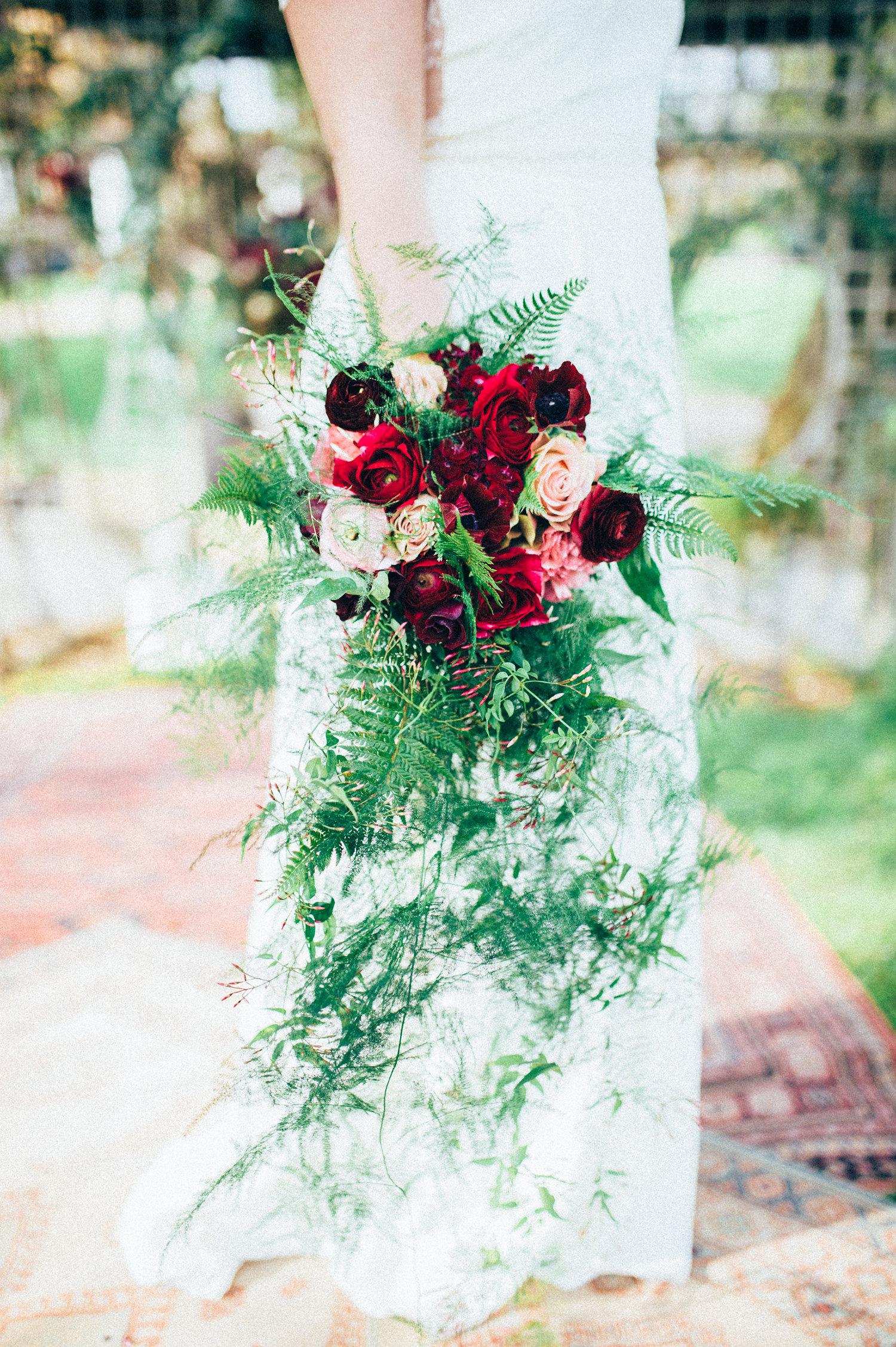 inspiration mariage bouquet mariée fleurs pourpre
