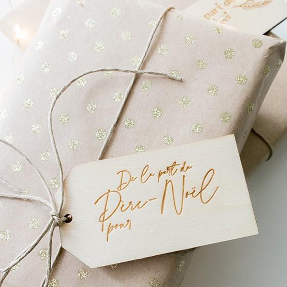 etiquette cadeau bois noel ecriture manuscrite