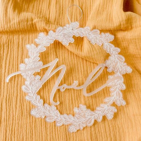 couronne noël decoration mural plexi givré blanc2