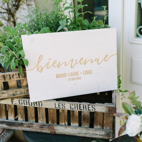 Panneau d'accueil bienvenue pour mariage en bois personnalisé