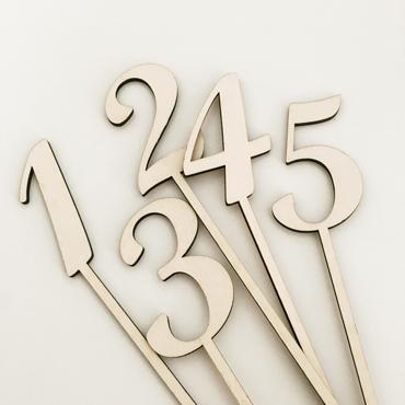 numero table bois decoupe mariage